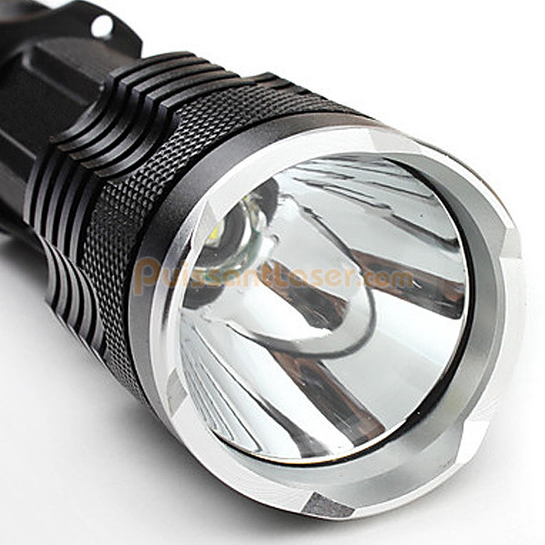 acheter lampe de poche lampe torche 900 lumens pas cher. Black Bedroom Furniture Sets. Home Design Ideas