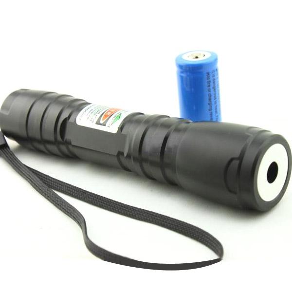 Magasin de lampe torche laser personalise vert 50mw allume feu for Lampe halogene pas cher